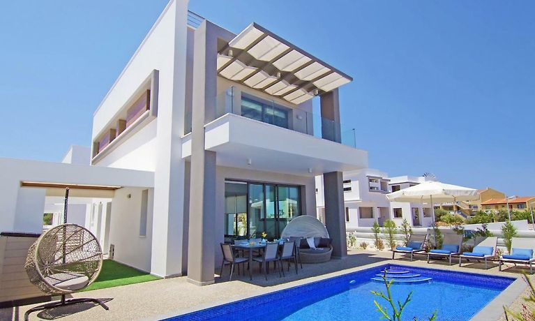Villa Taya Protaras